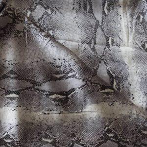 Charmeuse bedruckt Schlange silber