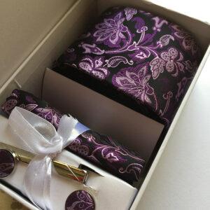 Seidenkrawatte Blumen violett schwarz
