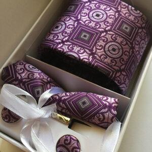 Seidenkrawatte Ornamente lila